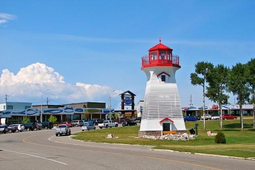 Terrace Bay, Ontario lighthouse Highway 17 highway11.ca