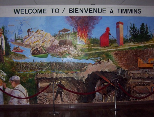 highway11.ca, Timmins, Ontario airport welcome sign