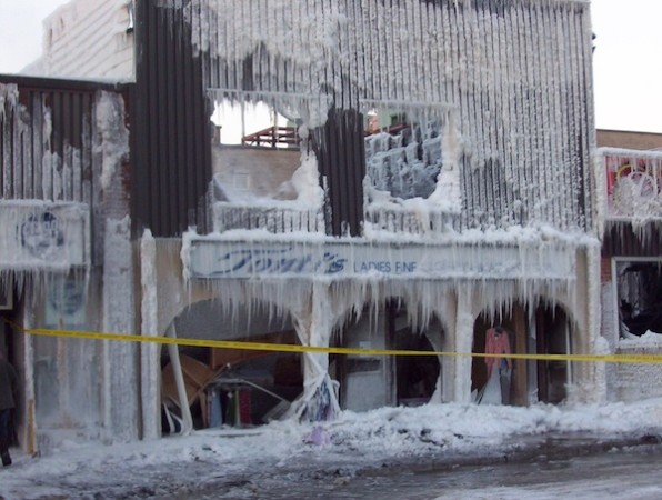 highway11.ca, Timmins, Ontario winter fire downtown