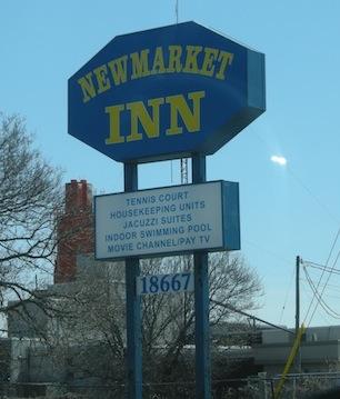 Yonge Street motel, Newmarket, Ontario, Highway 11