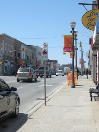 Downtown Bradford, Ontario, Yonge Street, Highway 11