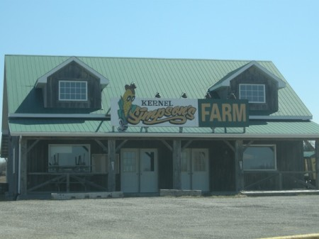 Kernel Simpson's Farm Stand, Coulson's Hill, Ontario, Ontario Highway 11