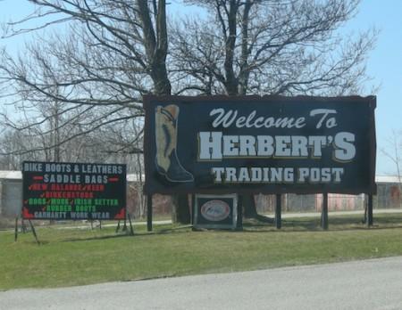 Innisfil, Ontario, Cowbow Boots Herbert's Western Wear, Highway11.ca