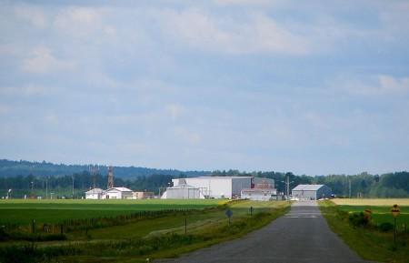 Earlton, Ontario rural airport, highway11.ca