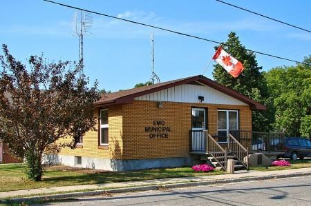 Emo municipal office, Ontario Highway 11 highway11.ca