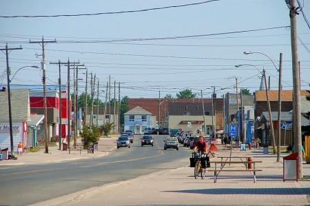 Geraldton downtown, highway11.ca Ontario