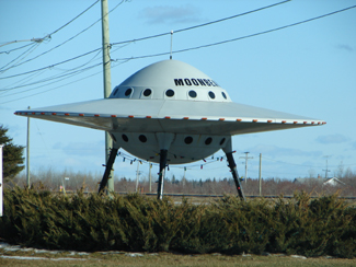Moonbeam, Ontario's flying saucer on highway 11