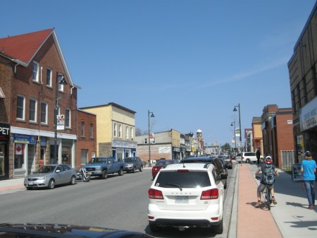 Downtown Gravenhurst on a warm and sunny May morning