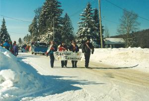 Katrine, Ontario, highway 11