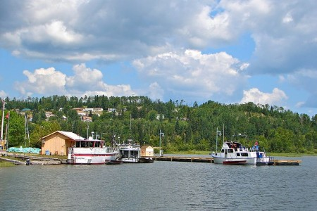 Nipigon, Ontario, highway11.ca marina lake superior
