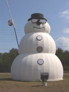 "Beardmore, Highway 11's snowman capital, with the world's largest "" snowman """
